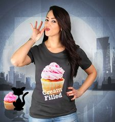 Damen T-Shirt Cream FIlled Cupcakes
