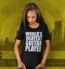 Damen T-Shirt World's Okayest Guitar Player